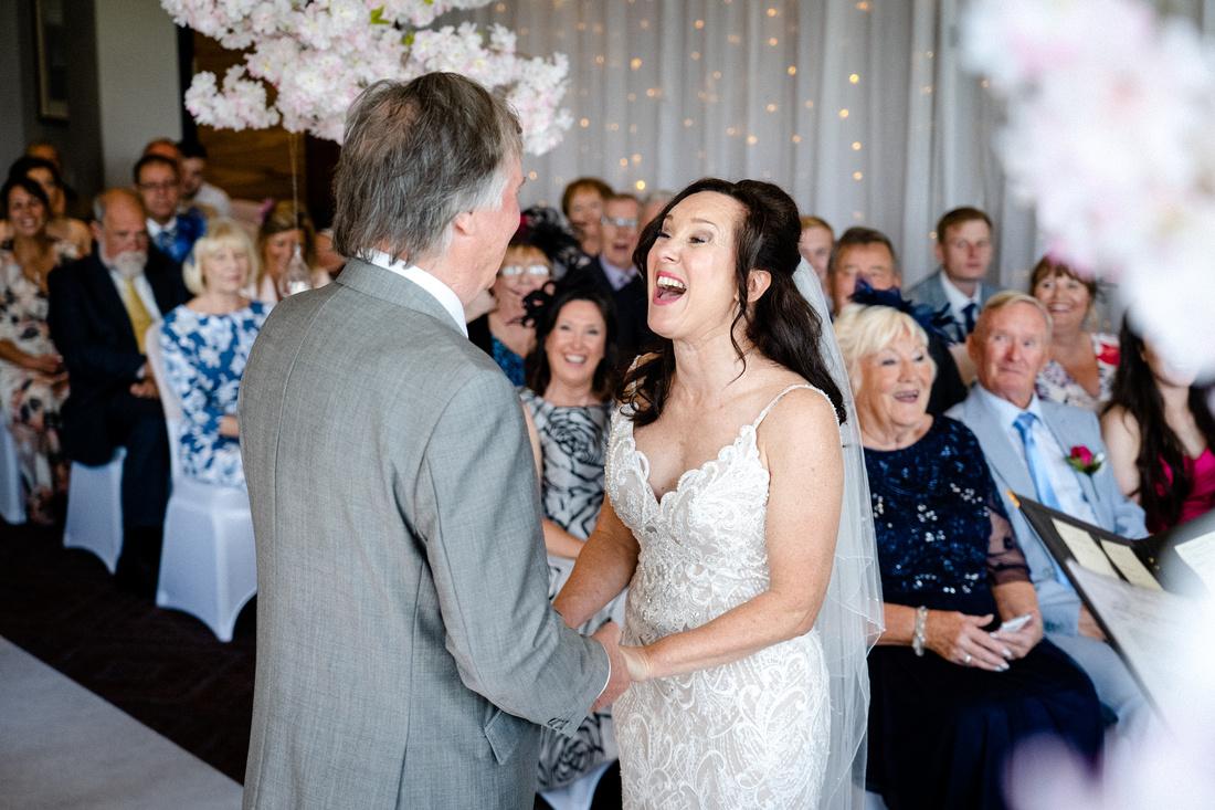 Cheshire wedding photographer-1044