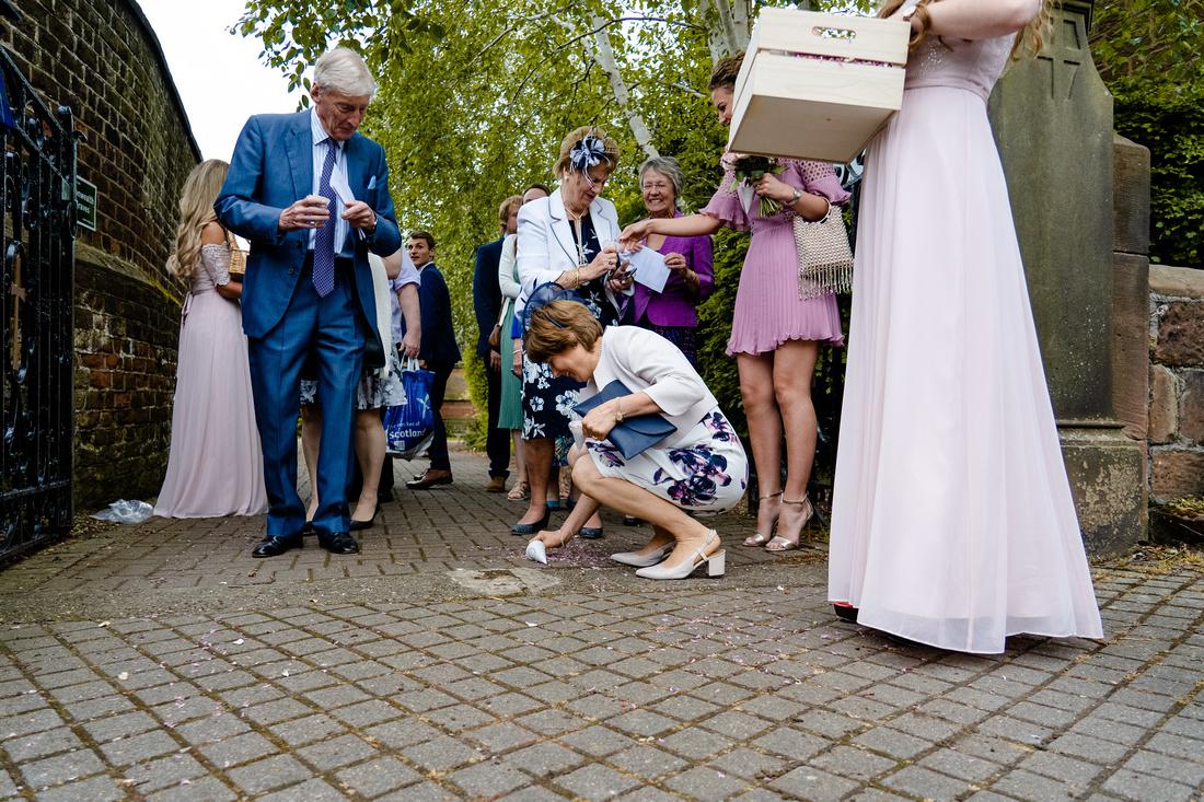 Cheshire wedding photographer-1049