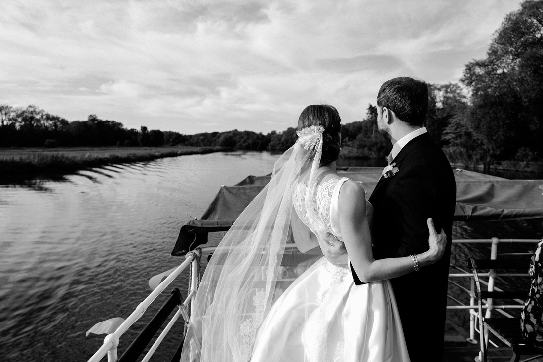 Cheshire wedding photographer-1081